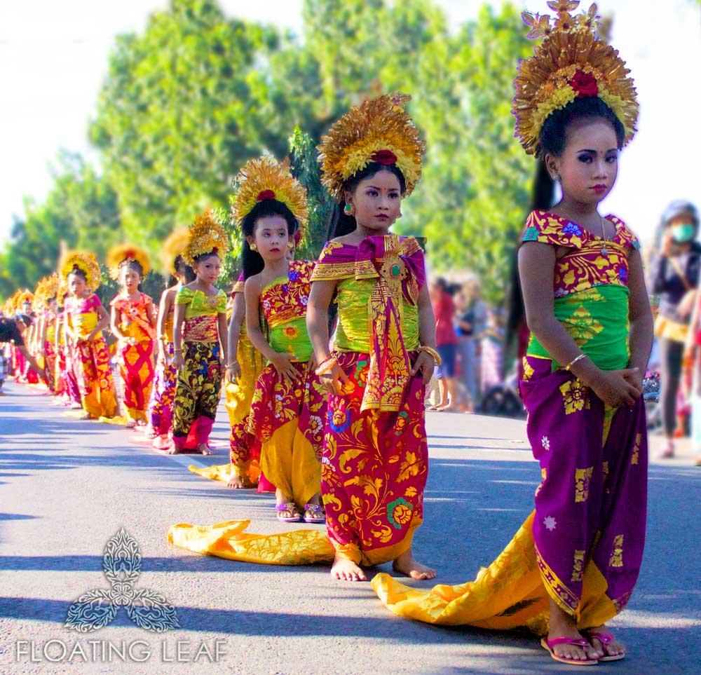 Bali-sukawati-ceremony-girl